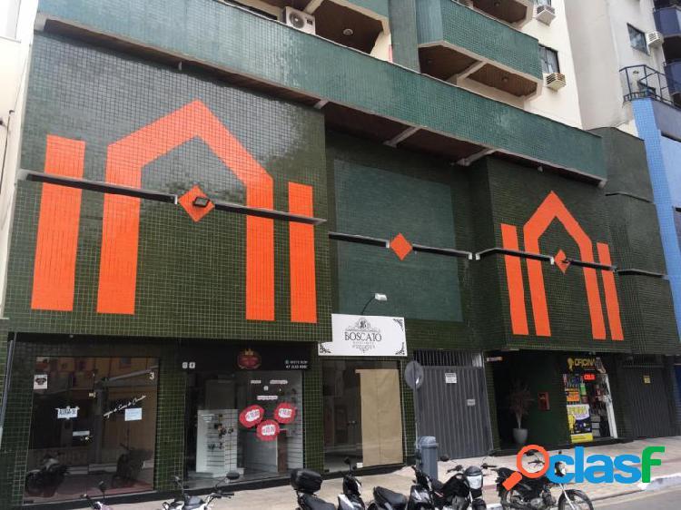 Apartamento com 2 dorms em Balneário Camboriú - Centro por