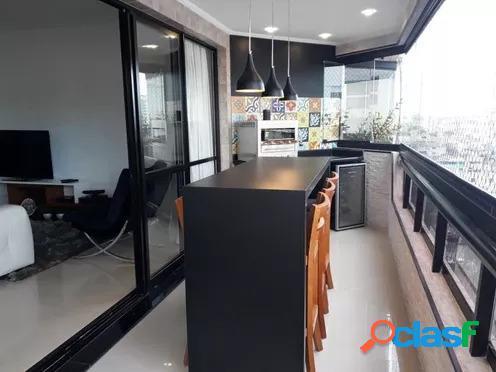 Apartamento com 3 dormitórios à venda, 150 m² por R$