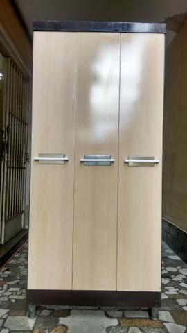 Guarda Roupas 3 portas