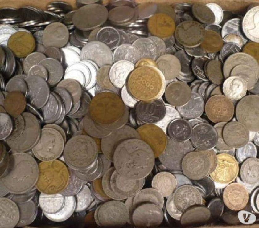 VENDO + DE  MOEDAS ANTIGAS MISTURADAS R$500 TUDO