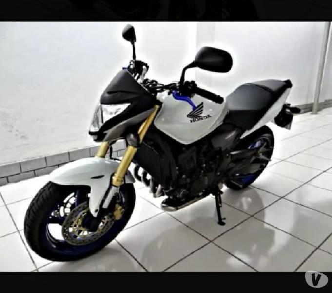 moto honda hornet CB 600cc