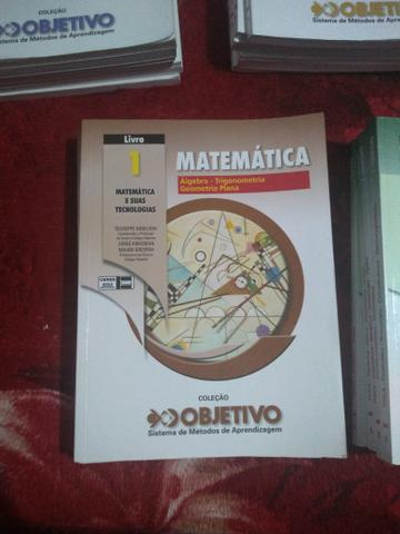Coleção de livros para vestibular Objetivo Edição
