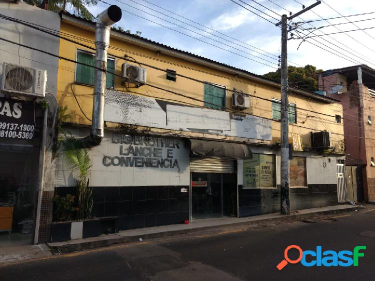 Vendo Excelente Casa Comercial no Parque 10. Manaus,