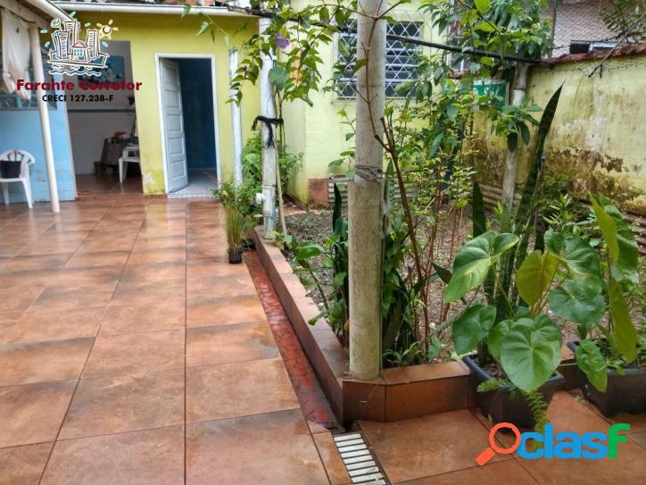 2 Dormitórios + Edícula com suíte e cozinha - Marapé 2