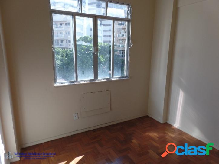 Apartamento Sala 2 quartos a Venda Av. Maracanã Tijuca RJ