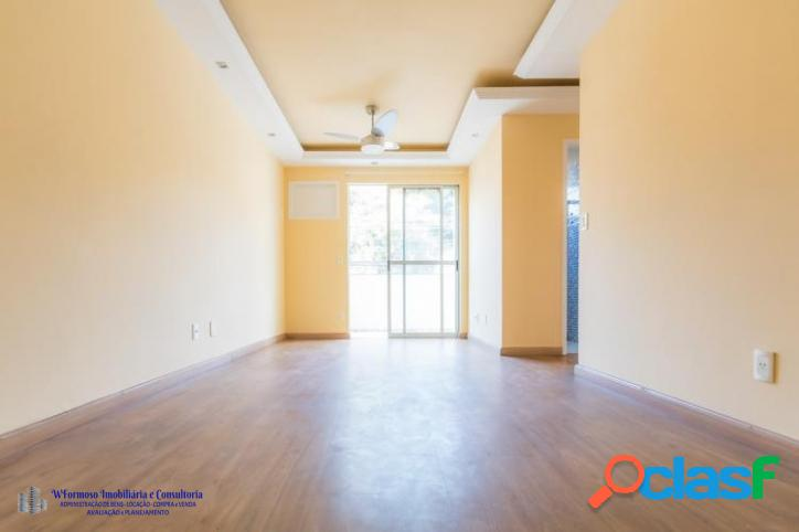 Apartamento Sala e 2 quartos com vaga em Vila Valqueire
