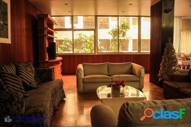Apartamento com 04 quartos a venda na Rua Raul Pompéia