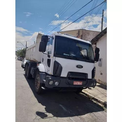 Locação De Caminhão Truck 6x4 Com Caçamba Basculante De