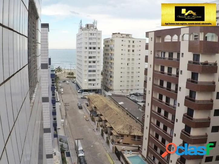Apartamento Reformado com Vista para o Mar
