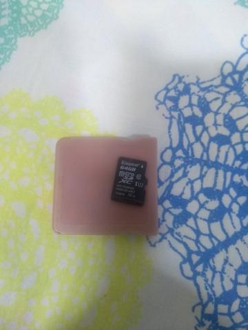 Cartao R4 e cartão de memória de 64 GB classe 10
