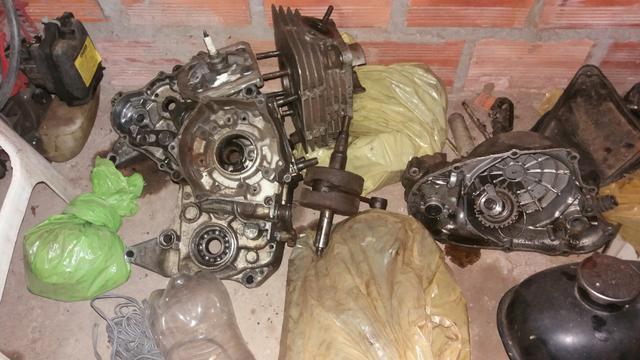Vendo motor de RDZ 135 Leia a descrição