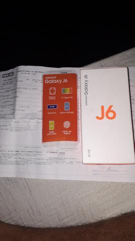 Vendo ou troco por Samsung j5 praime com volta para mim