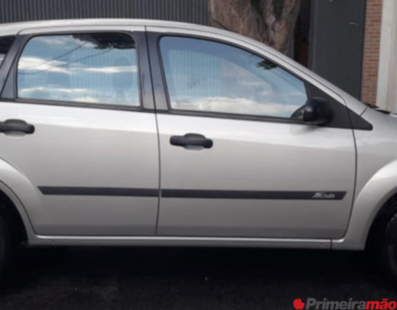 Ford Fiesta Hatch 1.0 flex 4p