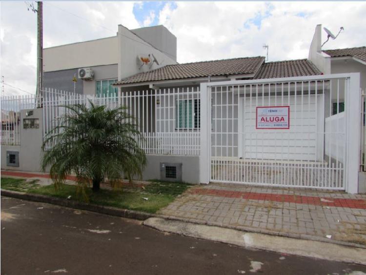 Casa para locação no bairro Paraíso