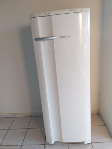 Geladeira electrolux 350 litros(grande)semi nova 220vts