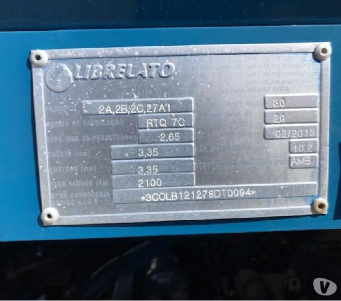 Volvo VM 220 4X2 1213 Tanque