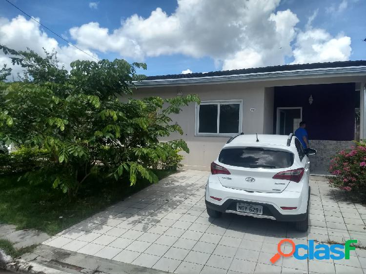 Alugo Linda Casa no Condominio Amazon Village. Manaus,