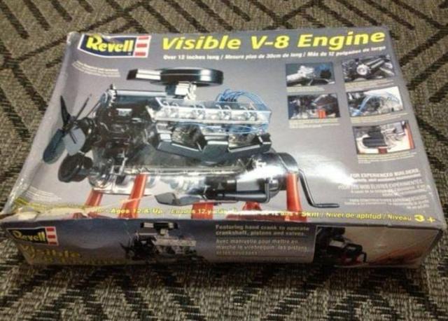 Kit Revell Motor V8 Escala 1/4 Interior Visível E Móveis