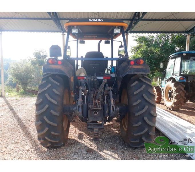 Trator Valtra BM 100 R 4x4 (Apenas 600 Horas!)