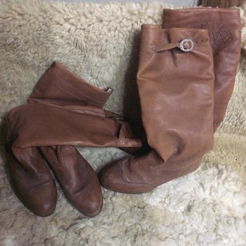 2 pares de botas para gaúcho de envernada