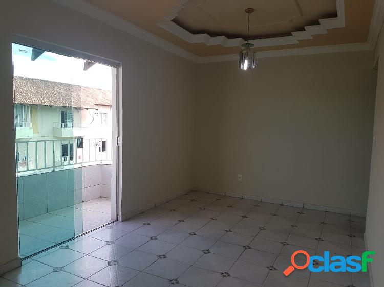 Alugo Excelente Apartamento no Conjunto Ariranhas no Santos