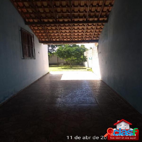 Casa de 2 Quartos com quintal em São Pedro da Aldeia