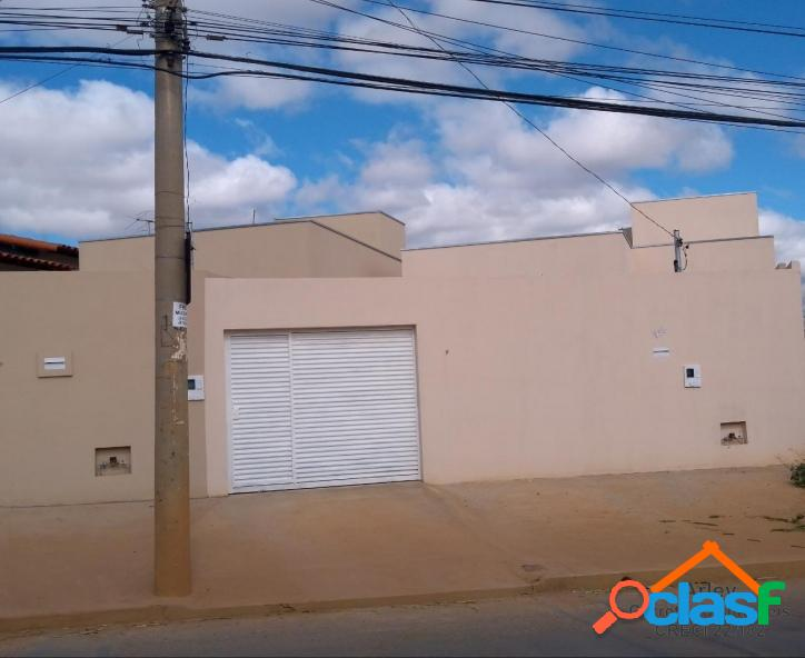 Vendo casa nova nos padrões da C.E.F. bairro Interlagos