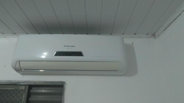 Ar-condicionado Eletrolux troco imperdível