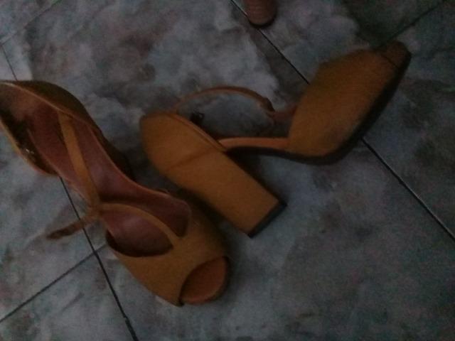 Vendo 6 pares de sapatos usados feminino, todos por 50 reais