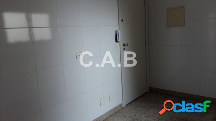 Apartamento no Edificio Classic em Alphaville - 2 quartos