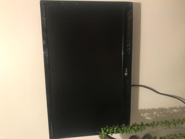 TV monitor LG 21,5 polegadas em ótimo estado - MA