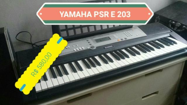 Teclado yamaha psr e 203 super novo por apenas