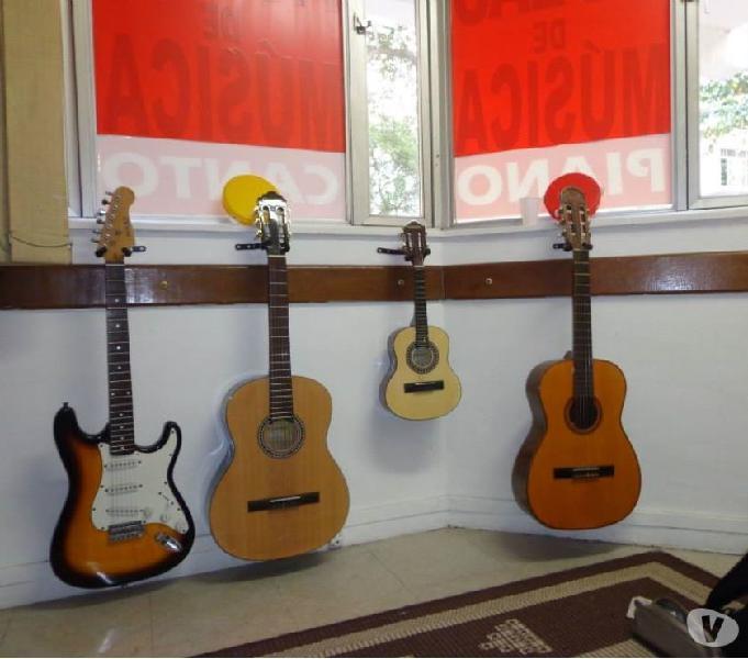Escola de Música Professora Fátima Rodrigues.