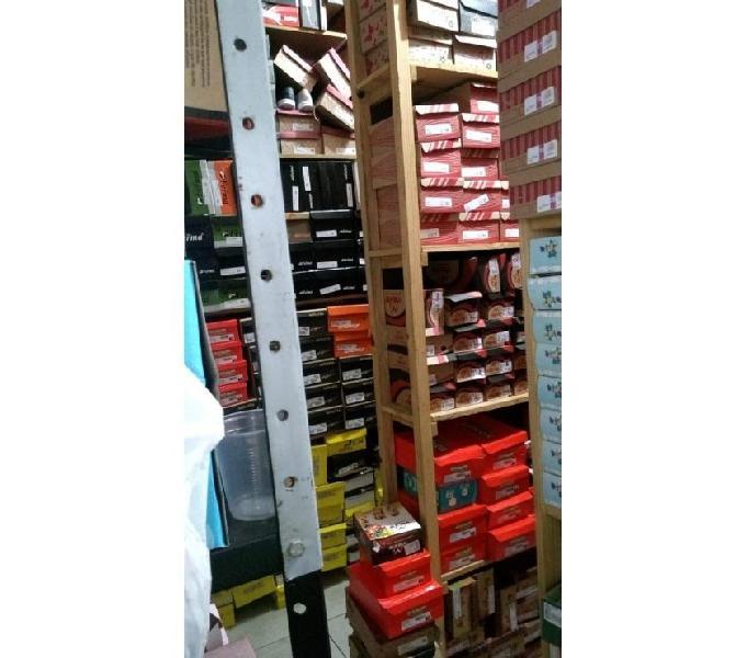 Loja de calçados e acessórios São José grande