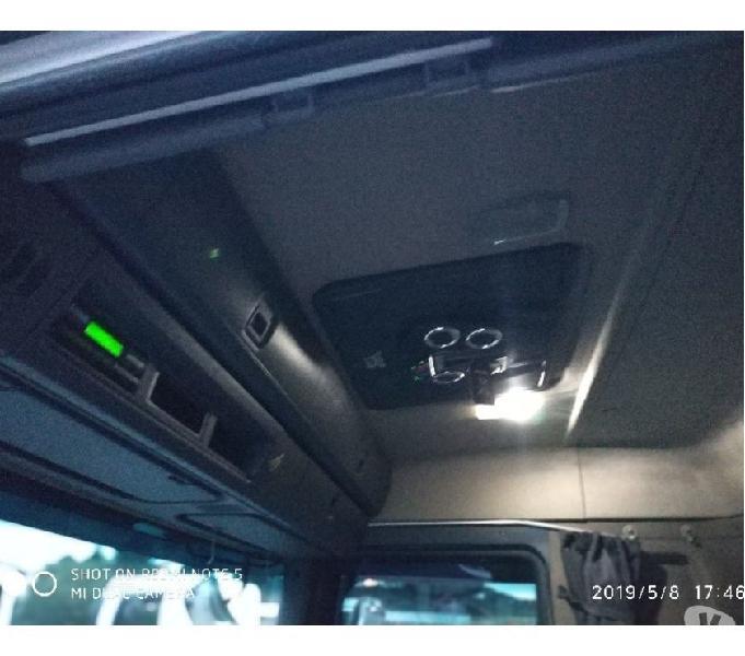 Scania P-360 2014 Branca 4x2