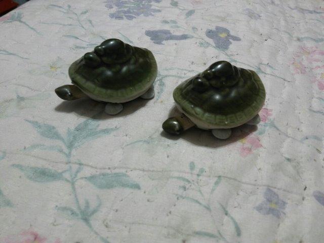 Par Tartarugas De Porcelana Anos 60 Mexe A Cabeça