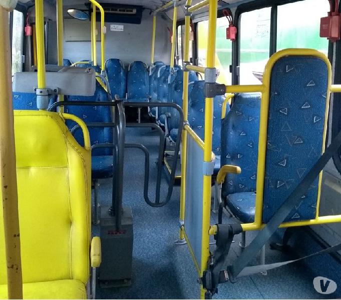 Vendo ônibus para montagem de motor home