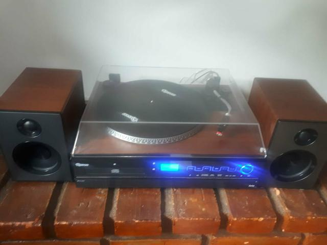 Vitrola da Raveo com cd,Bluetooth,pendrive e rádio