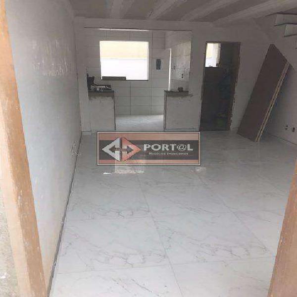 Casa, Floramar, 2 Quartos, 3 Vagas, 0 Suíte