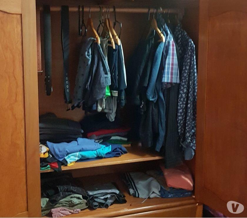 Armário guarda roupas de casal..Madeira