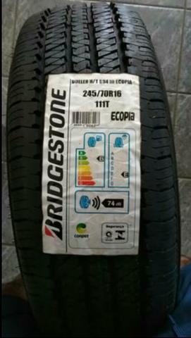 4 Pneus Novos de camionete aro 16 marca Bridgestone baratos