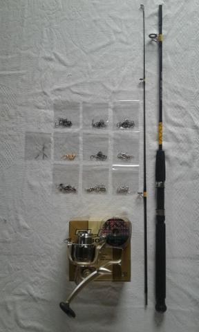 95 itens + vara de pesca 1,80mt 25 kg + Molinete grande 3
