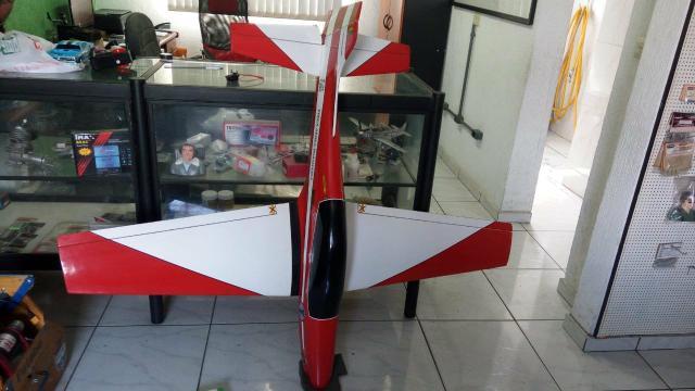 Aeromodelo Tucano para motor 90 2t, t ou 20cc