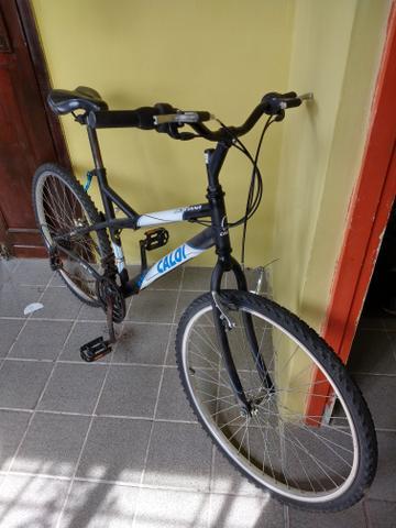 Bicicleta caloi montana (nova)