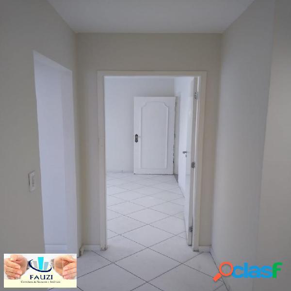 Locação - Sala comercial na Chácara Santo Antônio -