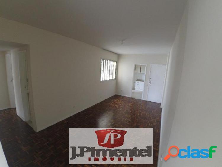 Apartamento com 3 dorms em Vitória - Praia do Canto por 305