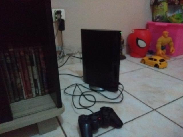 PlayStation 3 modelo super slim