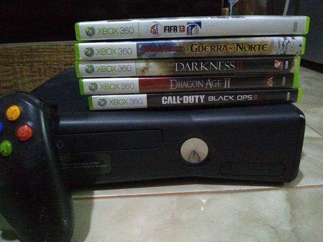 Xbox 360 original com jogos originais dois controles