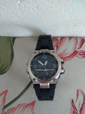 Vendo ou troco relógio g-shock, primeira linha, a prova