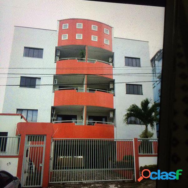Alugo Lindo Apartamento com 03 Quartos em Flores.Manaus